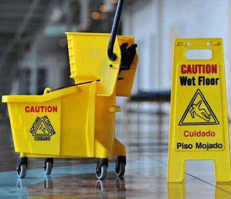 Des services de nettoyage et d'entretien