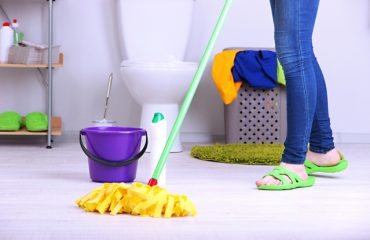 BATHROOM-CLEANING SERVICES