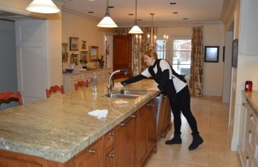 Airbnb cleaning tips Longueuil