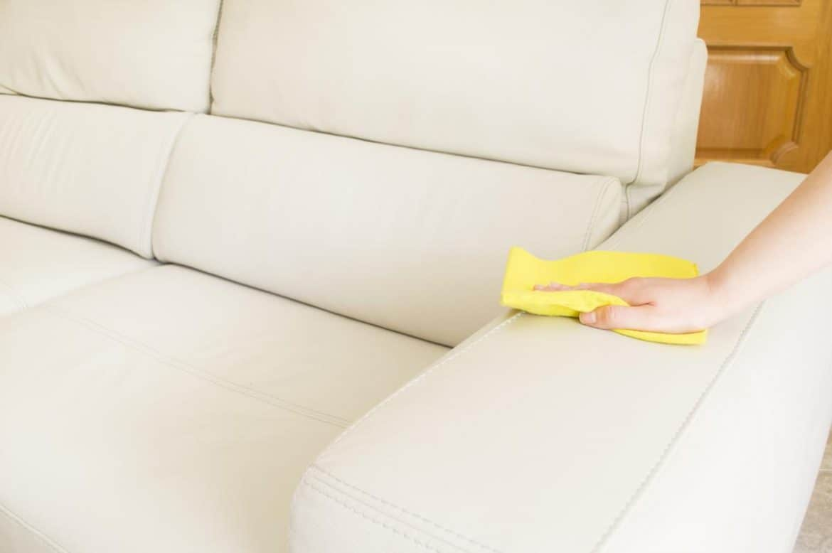 Couches Cleaning Tricks Laval and Longueuil